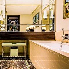 Prince de Galles, a Luxury Collection hotel, Paris ванная фото 3