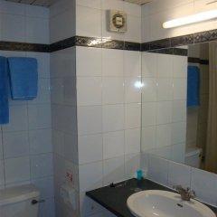 San Remo Hotel in Larnaca, Cyprus from 42$, photos, reviews - zenhotels.com bathroom photo 2
