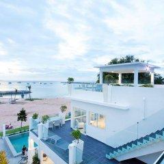 Отель Villa 7th Heaven Beach Front пляж