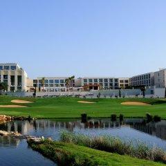 Отель Anantara Vilamoura Португалия, Пешао - отзывы, цены и фото номеров - забронировать отель Anantara Vilamoura онлайн спортивное сооружение