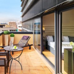 Отель H10 Marina Barcelona балкон