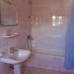 Отель Phoenix Family Hotel Болгария, Чепеларе - отзывы, цены и фото номеров - забронировать отель Phoenix Family Hotel онлайн ванная