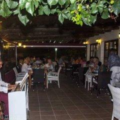 Отель Apartamentos La Cabanya питание фото 3