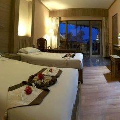 Отель Aloha Resort в номере