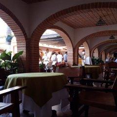 Отель ROSITA Пуэрто-Вальярта гостиничный бар