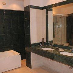 Отель Jolly Aretusa Palace Hotel Италия, Сиракуза - отзывы, цены и фото номеров - забронировать отель Jolly Aretusa Palace Hotel онлайн ванная