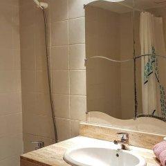 Отель Apartamento Irina Lloret Испания, Льорет-де-Мар - отзывы, цены и фото номеров - забронировать отель Apartamento Irina Lloret онлайн ванная