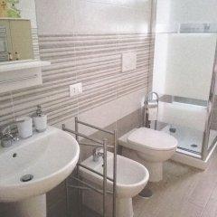 Отель L'Angoletto Casa Vacanze Италия, Чампино - отзывы, цены и фото номеров - забронировать отель L'Angoletto Casa Vacanze онлайн ванная