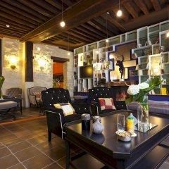 Отель Fontaines Du Luxembourg Париж гостиничный бар