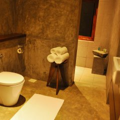 Отель Roman Lake Ayurveda Resort ванная фото 2