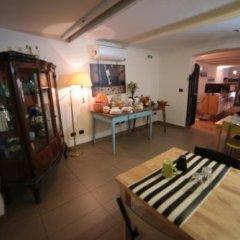 Отель Abbey Hostel Италия, Генуя - отзывы, цены и фото номеров - забронировать отель Abbey Hostel онлайн комната для гостей фото 4