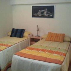 Отель Hostal Arneva комната для гостей фото 4