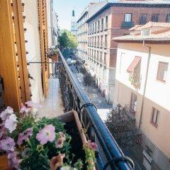 Отель Heima Homes Puerta Del Sol plaza Santa Ana Мадрид балкон