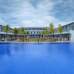 Отель Coco Royal Beach Resort Шри-Ланка, Ваддува - отзывы, цены и фото номеров - забронировать отель Coco Royal Beach Resort онлайн бассейн фото 3