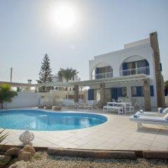 Отель Mimosa Seafront Villa Кипр, Протарас - отзывы, цены и фото номеров - забронировать отель Mimosa Seafront Villa онлайн бассейн фото 3