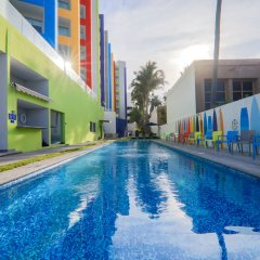 Отель Park Inn by Radisson Mazatlán бассейн