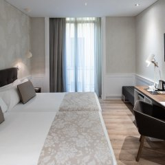 Отель Catalonia Puerta del Sol комната для гостей