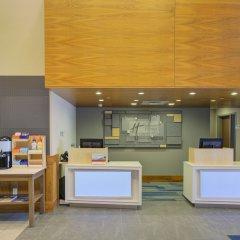 Holiday Inn Express Hotel and Suites Mankato East интерьер отеля фото 2