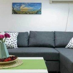 NHE Perfectly Located Apartment TLV Израиль, Тель-Авив - отзывы, цены и фото номеров - забронировать отель NHE Perfectly Located Apartment TLV онлайн комната для гостей фото 5