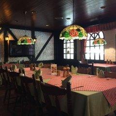 Отель Stable Lodge гостиничный бар