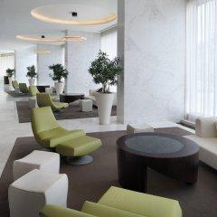 Media One Hotel Dubai интерьер отеля