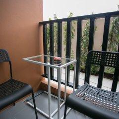 Отель D-Well Residence Don Muang Бангкок балкон