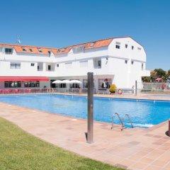 Отель Camping Playa América Испания, Нигран - отзывы, цены и фото номеров - забронировать отель Camping Playa América онлайн бассейн фото 2