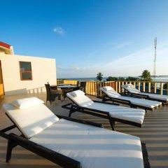 Отель Tropic Tree Hotel Maldives Мальдивы, Велиганду Хураа - отзывы, цены и фото номеров - забронировать отель Tropic Tree Hotel Maldives онлайн бассейн