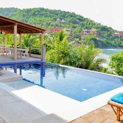Отель Bungalows La Madera Мексика, Сиуатанехо - отзывы, цены и фото номеров - забронировать отель Bungalows La Madera онлайн бассейн