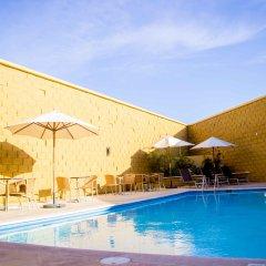 Отель Fairfield Inn by Marriott Los Cabos Мексика, Кабо-Сан-Лукас - отзывы, цены и фото номеров - забронировать отель Fairfield Inn by Marriott Los Cabos онлайн бассейн фото 2