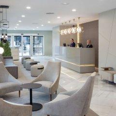 Отель NH Madrid Barajas Airport гостиничный бар