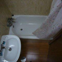 Отель Flor Braganca Португалия, Порту - 1 отзыв об отеле, цены и фото номеров - забронировать отель Flor Braganca онлайн ванная фото 2