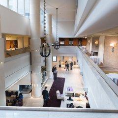Отель Sheraton Stockholm Hotel Швеция, Стокгольм - 2 отзыва об отеле, цены и фото номеров - забронировать отель Sheraton Stockholm Hotel онлайн гостиничный бар