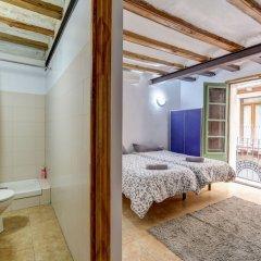 Отель 9 pax las Ramblas, Montserrat (Barcelona) Испания, Барселона - отзывы, цены и фото номеров - забронировать отель 9 pax las Ramblas, Montserrat (Barcelona) онлайн ванная