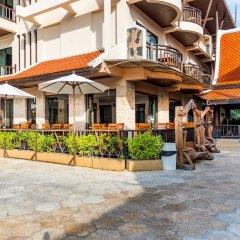 Отель Nipa Resort парковка