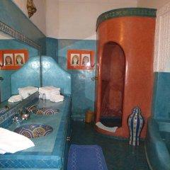 Отель Riad Dar Alfarah Марокко, Марракеш - отзывы, цены и фото номеров - забронировать отель Riad Dar Alfarah онлайн бассейн