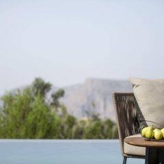 Отель Anantara Al Jabal Al Akhdar Resort Оман, Низва - отзывы, цены и фото номеров - забронировать отель Anantara Al Jabal Al Akhdar Resort онлайн бассейн фото 2