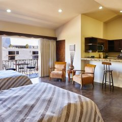 Отель San Angel Suites Педрегал комната для гостей фото 4