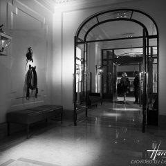 Отель Lancaster Paris Champs-Elysées Франция, Париж - 1 отзыв об отеле, цены и фото номеров - забронировать отель Lancaster Paris Champs-Elysées онлайн интерьер отеля