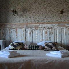 Отель Artists Residence in Tbilisi Грузия, Тбилиси - отзывы, цены и фото номеров - забронировать отель Artists Residence in Tbilisi онлайн комната для гостей фото 3