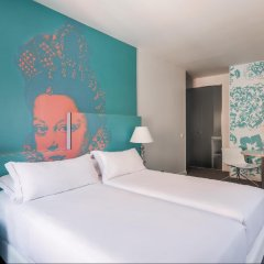 Отель Room Mate Laura Испания, Мадрид - отзывы, цены и фото номеров - забронировать отель Room Mate Laura онлайн комната для гостей фото 4