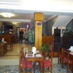 Отель Earth House Непал, Катманду - отзывы, цены и фото номеров - забронировать отель Earth House онлайн питание фото 2