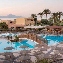 Отель Horizon Beach Resort Греция, Калимнос - отзывы, цены и фото номеров - забронировать отель Horizon Beach Resort онлайн бассейн фото 2