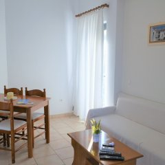 Отель Koukounari 2 Rooms Греция, Агистри - отзывы, цены и фото номеров - забронировать отель Koukounari 2 Rooms онлайн комната для гостей фото 3