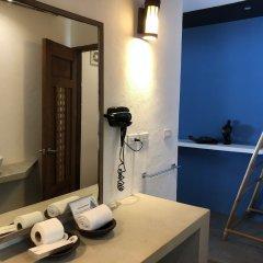 Отель El Nido Mahogany Beach ванная фото 2