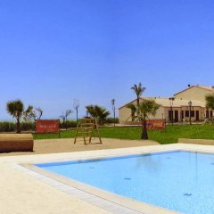 Отель Sikania Resort & Spa Бутера бассейн