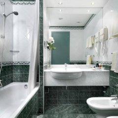 Отель Piramidi Hotel Италия, Лимена - отзывы, цены и фото номеров - забронировать отель Piramidi Hotel онлайн ванная