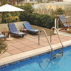 Отель Gran Derby Suites Испания, Барселона - отзывы, цены и фото номеров - забронировать отель Gran Derby Suites онлайн бассейн фото 3