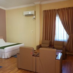 Zabu Thiri Hotel комната для гостей фото 5