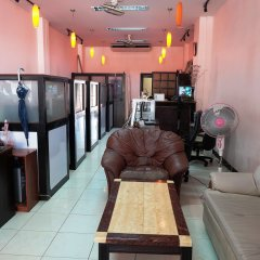 Апартаменты Parinya's Apartment Паттайя комната для гостей